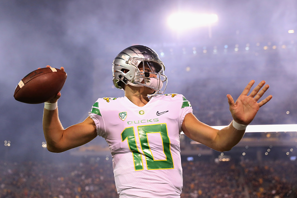 7ffc51b21 Why Justin Herbert Made the Right Decision - LWOSports