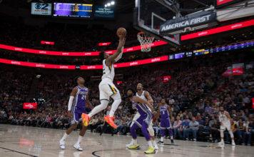 Utah Jazz - Donovan Mitchell goes in for layup