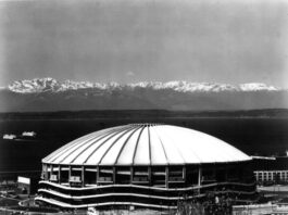 stadiums that no longer exist